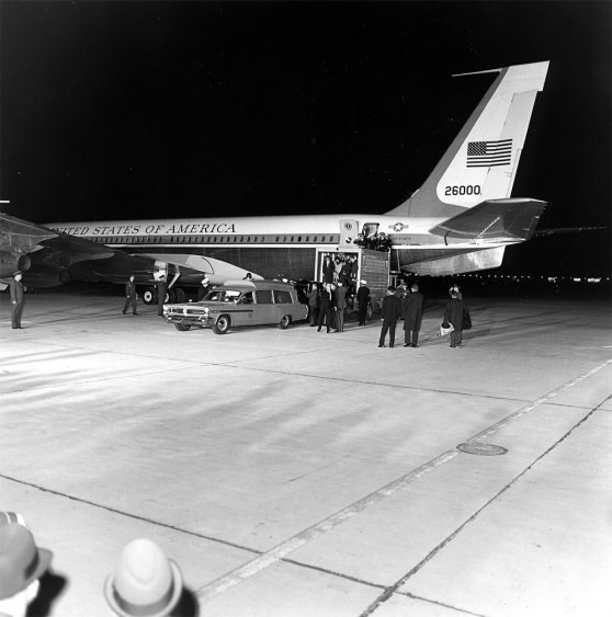 President Kennedy's remains return from Dallas